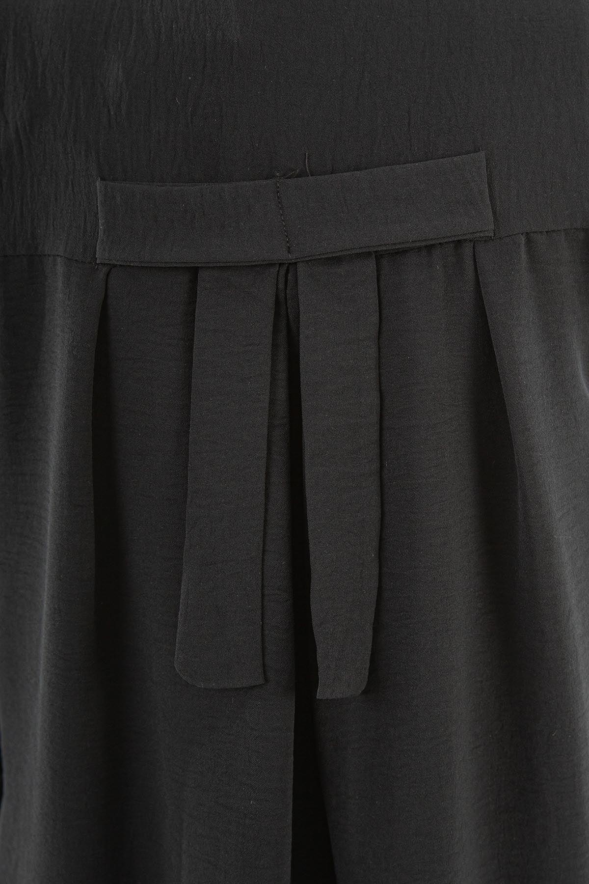 Arka Fiyonk  Detay Düğmeli Tunik-Siyah