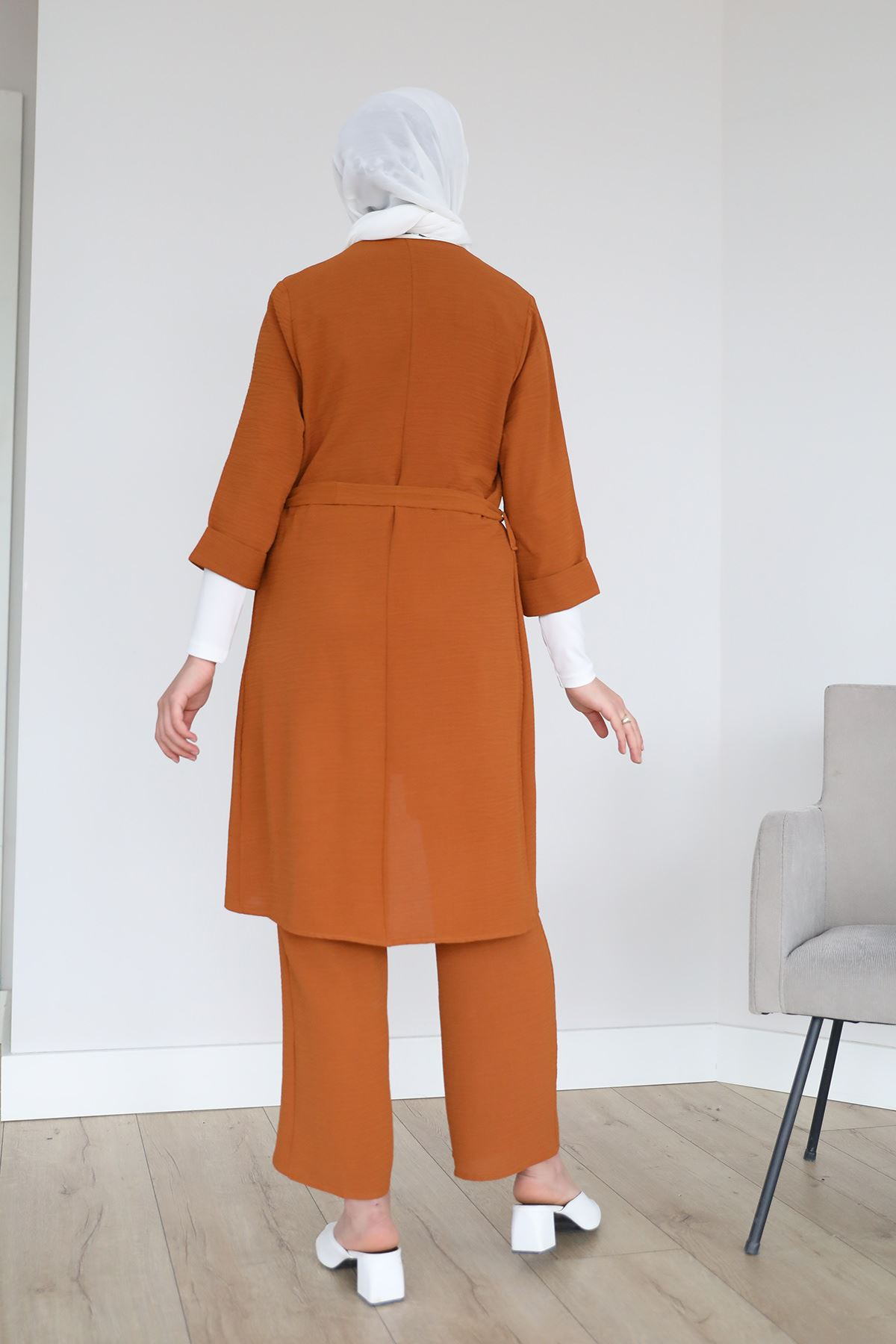 Kol Katlamalı Kolyeli Pantolon Takım-Kiremit