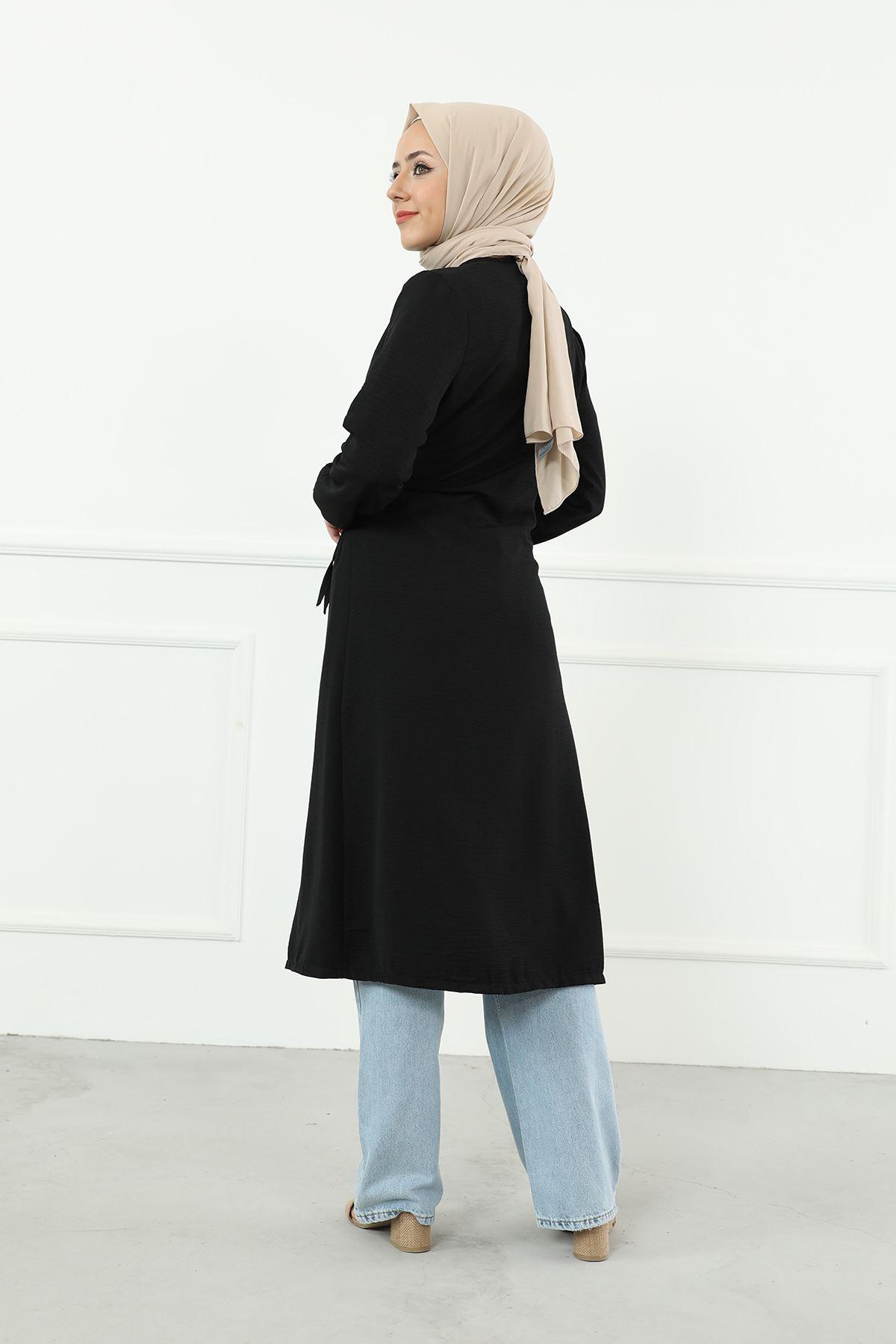 Omuz Pile Detaylı  Bağlamalı Ceket-Siyah