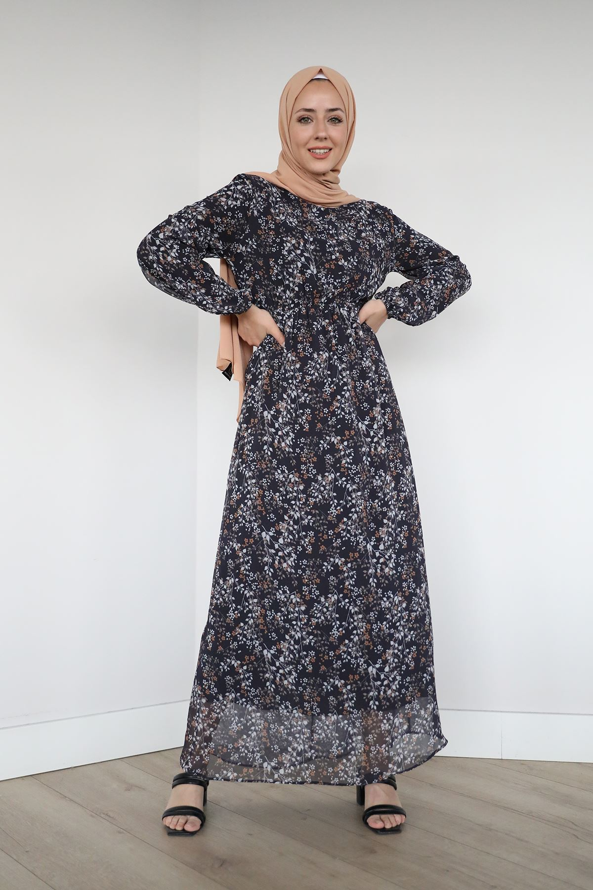 Bel Ve Kol Lastikli Şifon Elbise-Siyah
